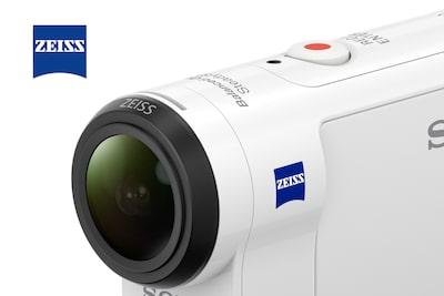 ZEISS® Tessar™ lens