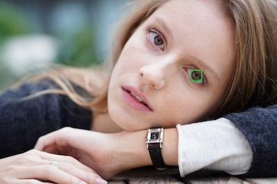 Nesnenizin sağ veya sol gözüne öncelik verin